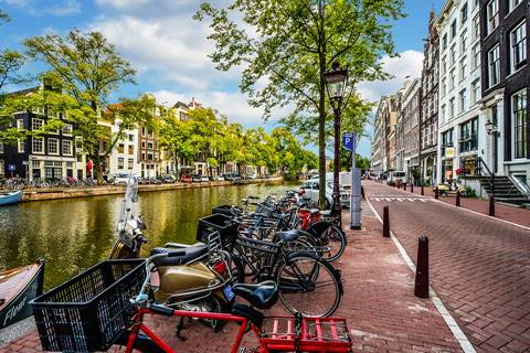 Ansterdam Hostels, Search Now